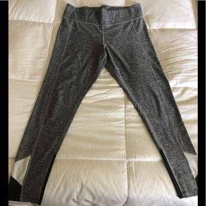 Victoria's Secret- Workout pants- Size L